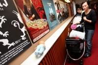 Hvězdná máma - maminko, přijď i s miminkem do kina na dospělácký film!
